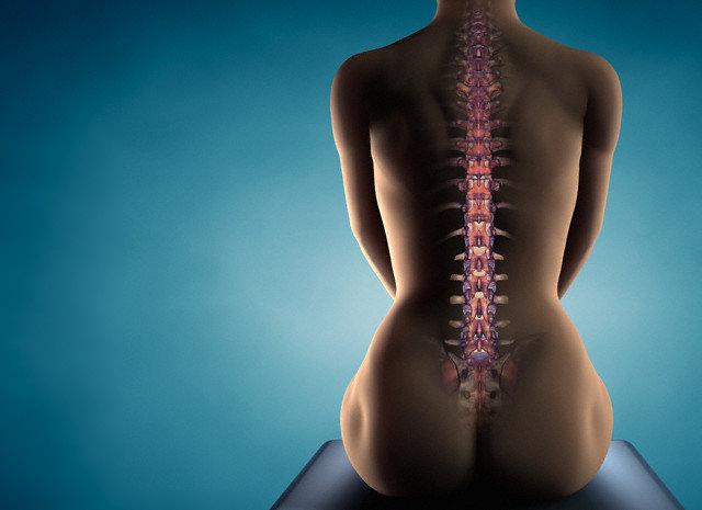 Osteoporoza la femei are consecinte grave asupra sanatatii si a calitatii vietii.